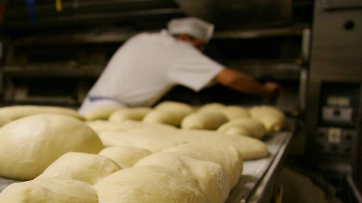 オーブンに入れる前のパン