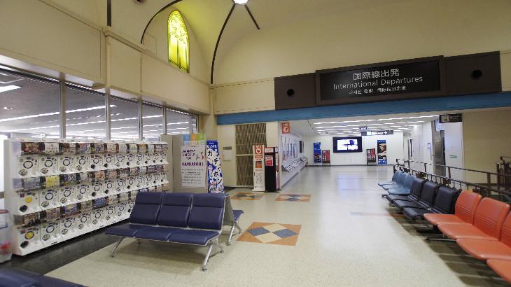 長崎空港2F ガチャポン 国際線出発ロビー