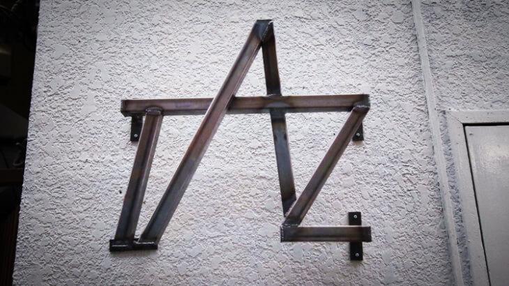 TAZの看板