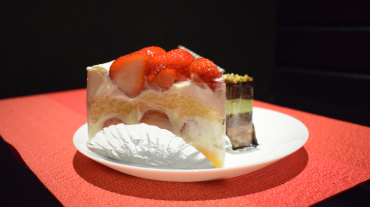 ミヤビスイーツサロンケーキ