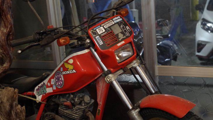 notokoの店内にあるバイク
