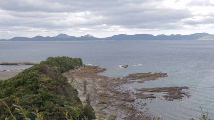 黒島12 串ノ浜岩脈
