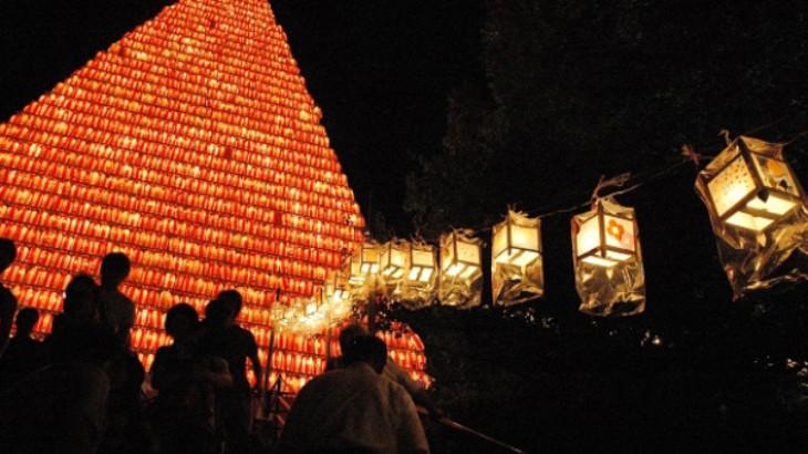 千灯籠祭り