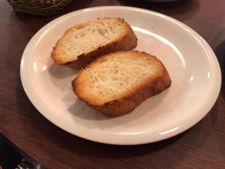 白十字パーラーぽるとランチのパン