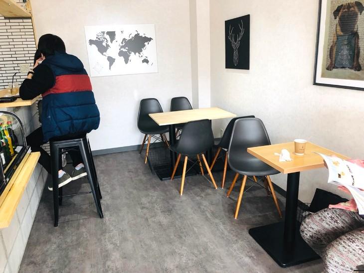 イワモトコーヒー店内