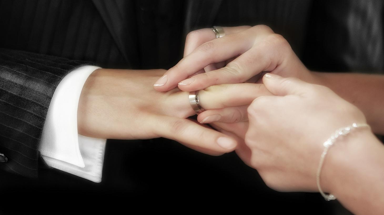 させぼ弁で名セリフ指輪の交換