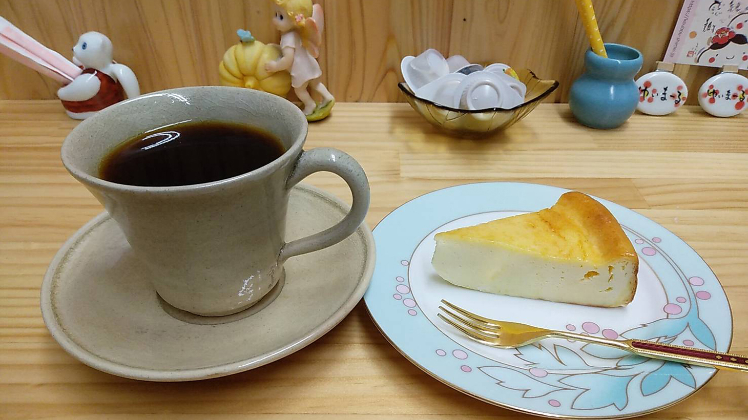 チーズケーキとコーヒーセット