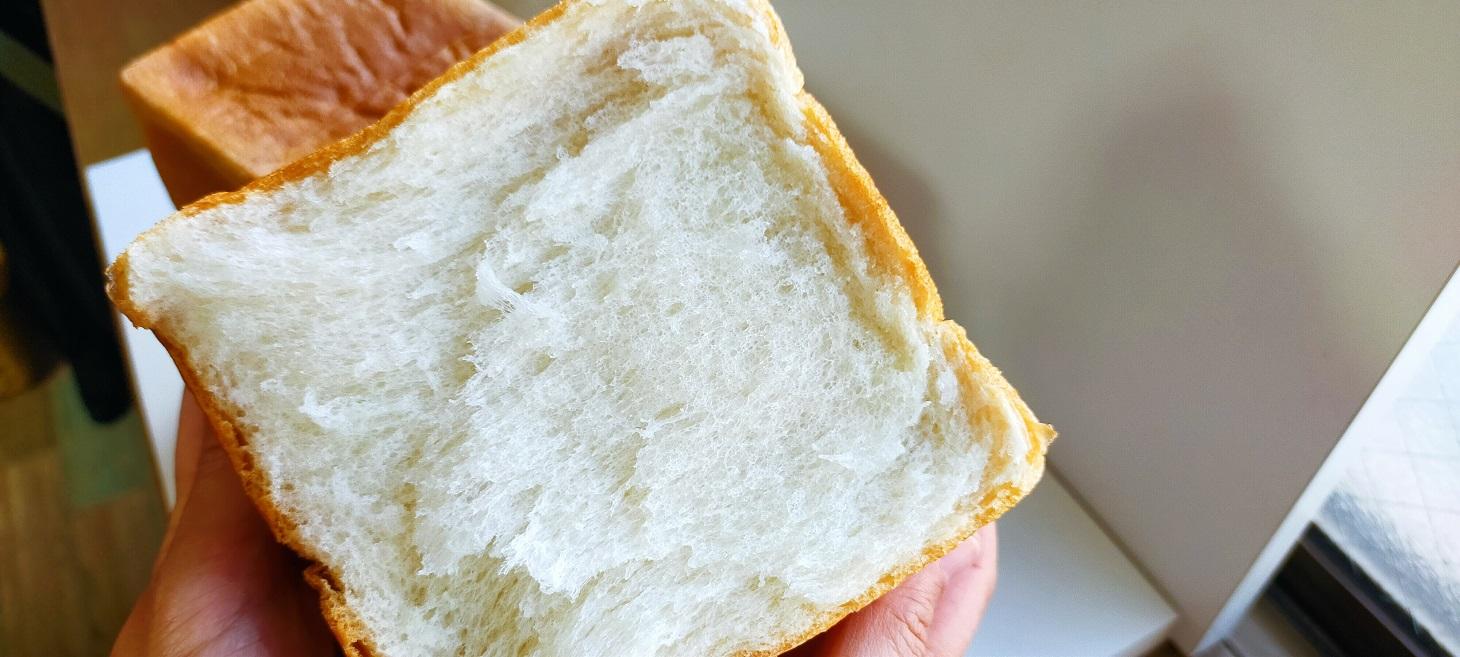 サイラープレミアム食パン