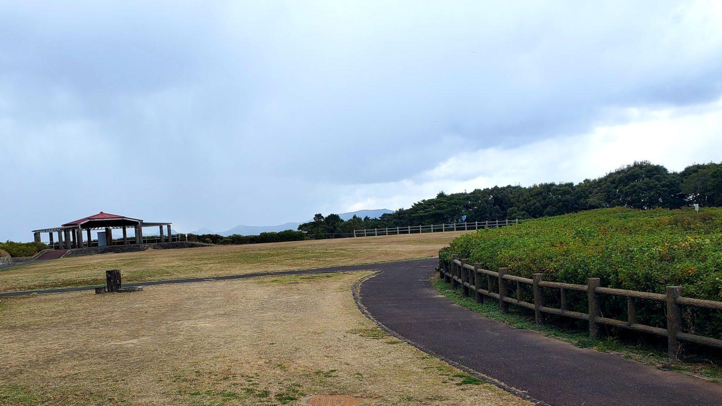 長串山広場