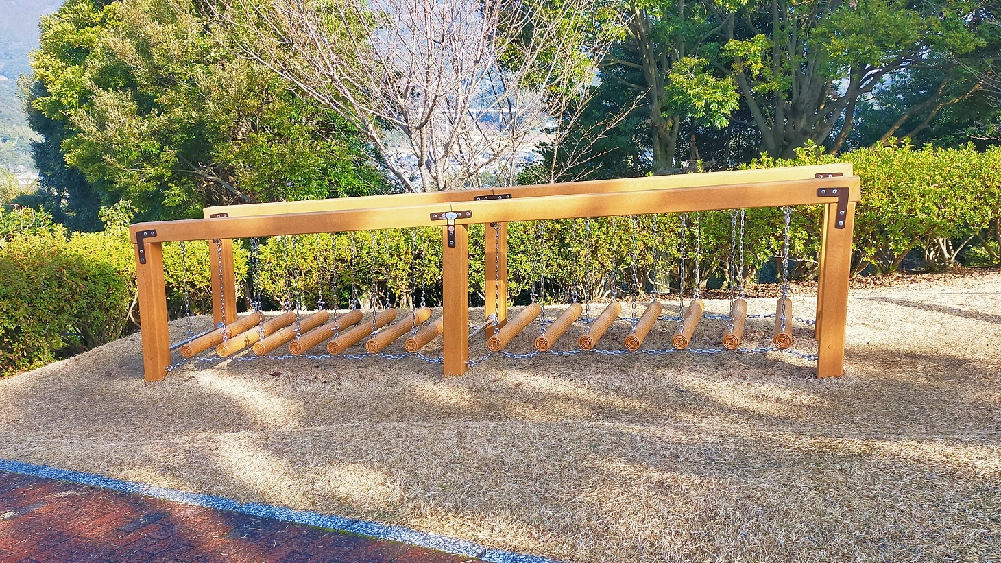 花高中央公園 遊具