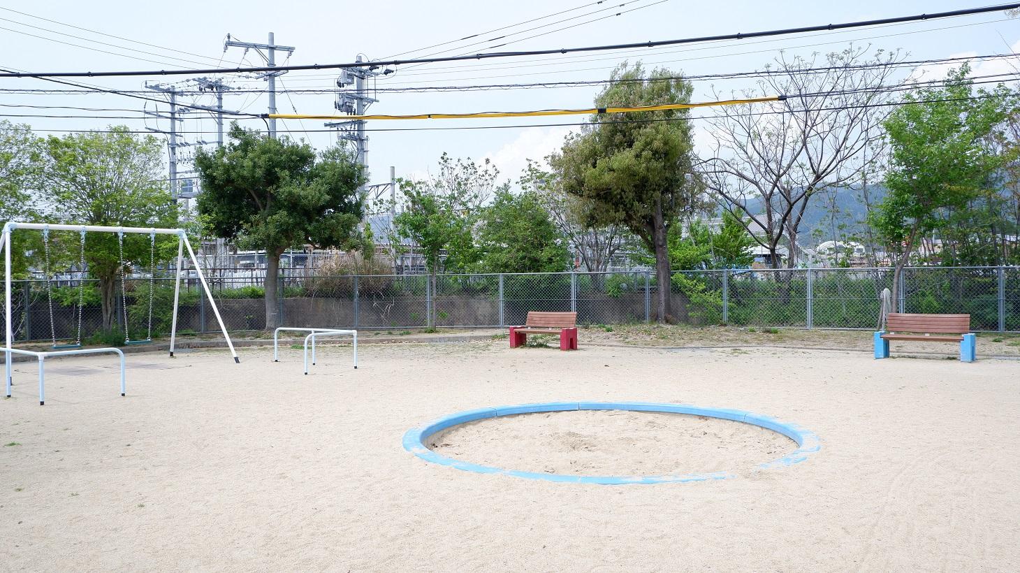権常寺公園砂場