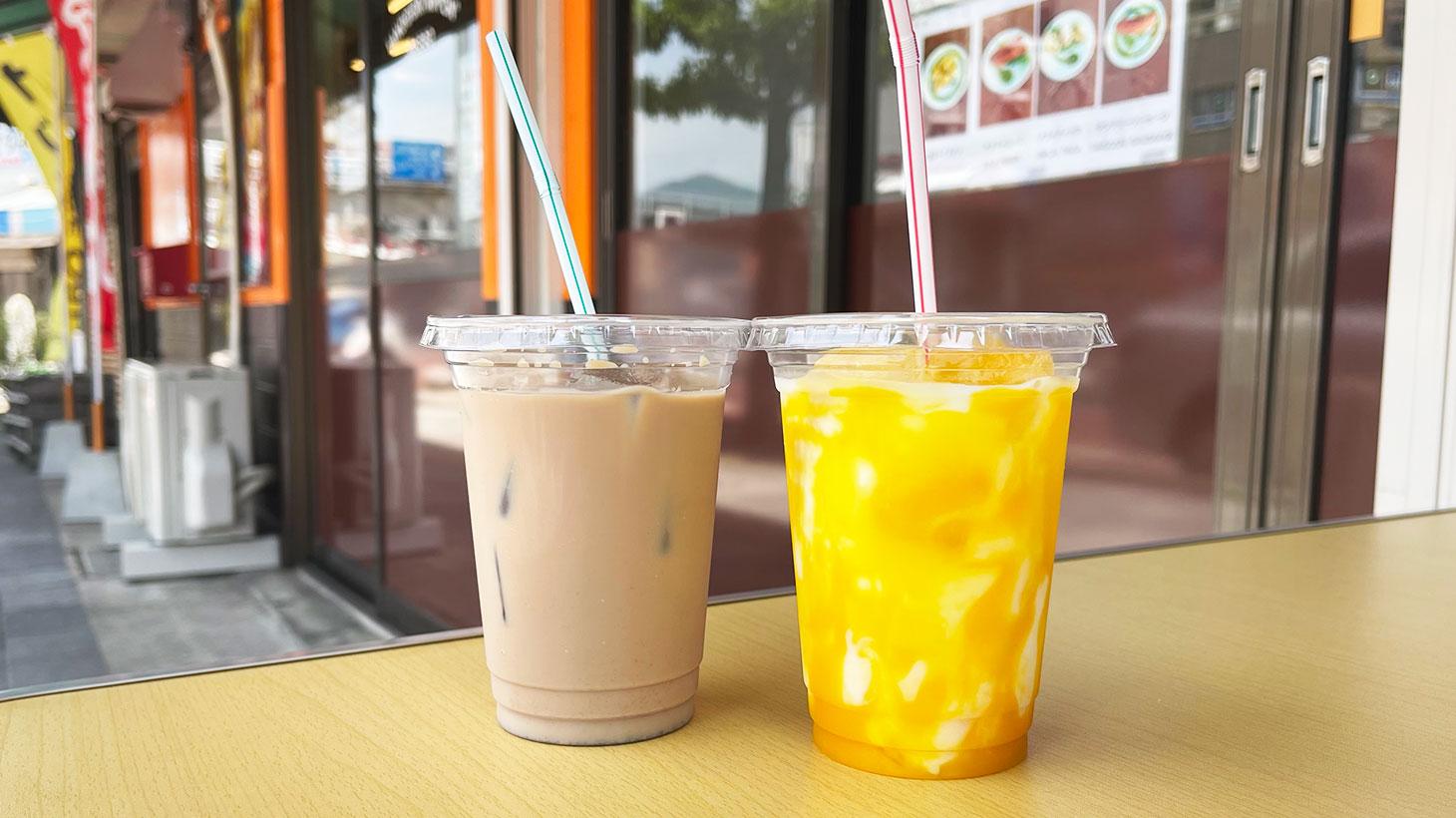 TANDOORI NIPPONのアイスチャイとマンゴーラッシー
